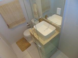Apartamento Decorado - Foto do banheiro da suíte do Residencial Vista Bella