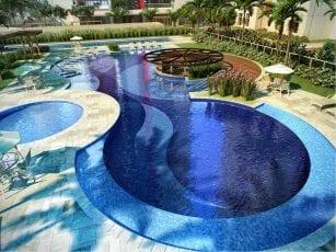 Perspectiva da piscina do Greenville Ludco