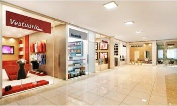 Perspectiva Mall com lojas