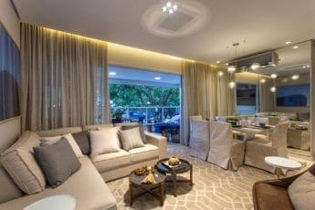 Foto do Living do apartamento decorado.