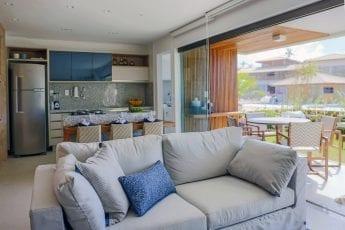Foto do living do apartamento tipo do Residencial Ykutiba Imbassaí
