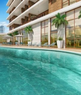 Perspectiva da piscina com borda infinita do Horto Parque Barcelona
