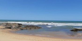 Foto da praia de imbassaí