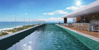 Perspectiva da piscina adulto e infantil com deck molhado do Premium Stella Maris