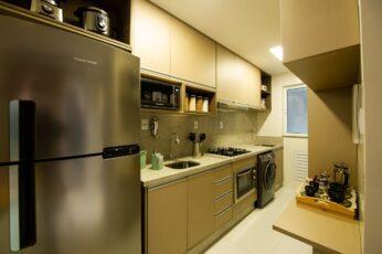Perspectiva da cozinha americana do apartamento 2 quartos da coluna 1 do Versailles